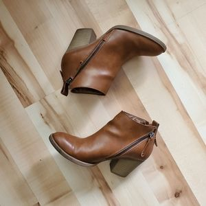 DV dolce vita Ankle Booties
